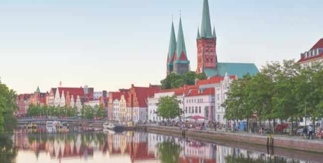 Der Lübecker Wohnungsmarkt wird anhang des Flussverlaufes der Trave charakterisiert