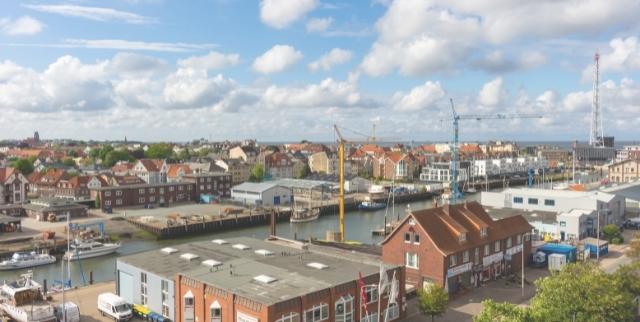 Die Wohnungsmärkte an der Nordsee zeigen sich während der Corona-Pandamie dynamisch.
